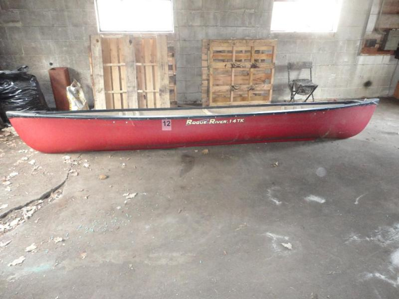 2005 Rogue River 14 TK canoe in ver    | Rock Solid April