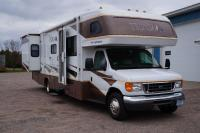 2008 Tioga by Fleetwood Class C 31' Motorhome with 2 Slide Outs