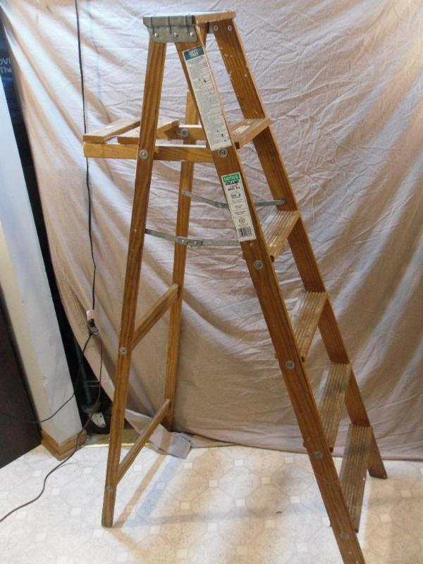 6 Foot Wooden Keller Ladder Model Tools Shop Fishing Sporting Part  K Bid
