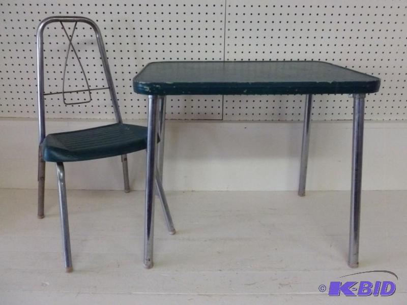 Vintage Kids Table And Chair Set Manannah 99 Fishing Kouba Saddles K Bid