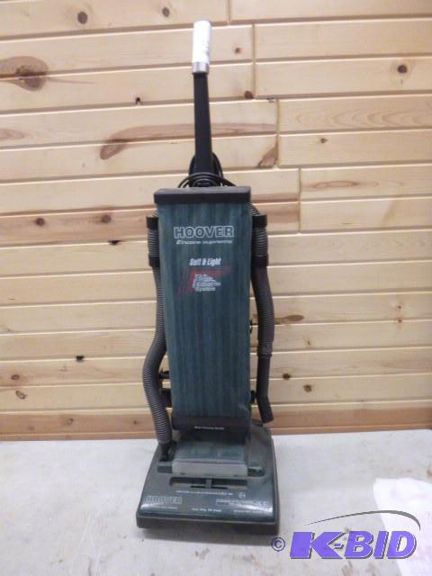 Hoover Encore Supreme Soft And Light Vacuum T Northstar Kimball July Consignments 1 K Bid