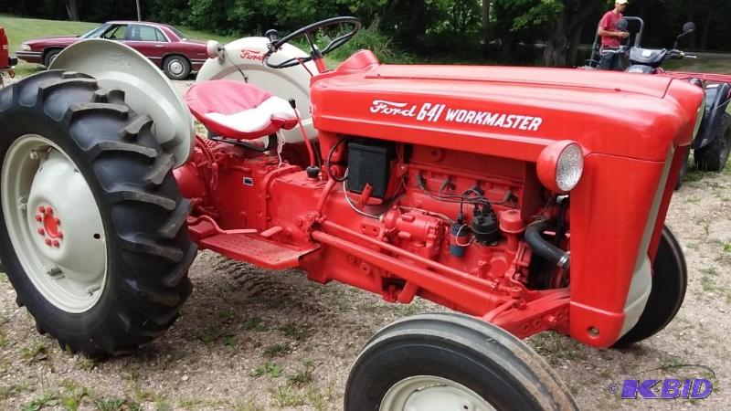 Ford Workmaster 601 Tractor Horsepower : Ford workmaster tractor