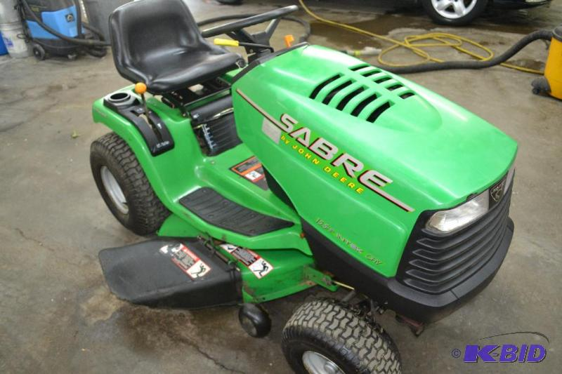 John Deere Sabre Mower 15 5 Hp Intek Br Fivestar Auction 96 K Bid