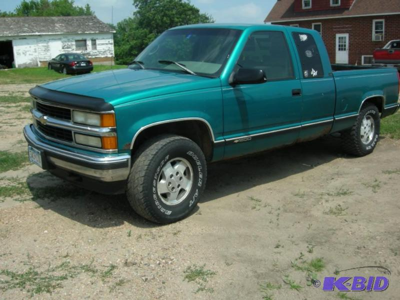 1995 Chevrolet 1500 Cheyenne 2 Door Extended Cab Short Box