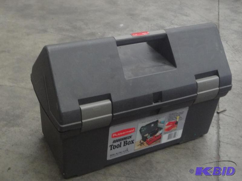 Rubbermaid Roughneck Tool Box Loretto Equipment 221