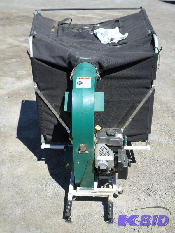 Cyclone Rake Pro Commercial Pin Hitch Collect Loretto