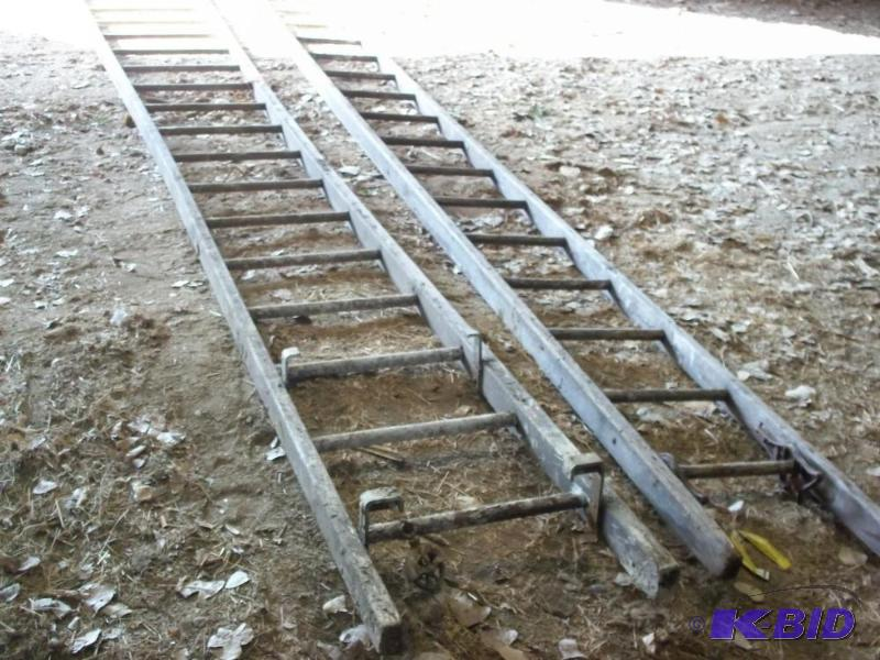 40 Ft Vintage Wooden Extension Ladder Each Advanced S Harles Tractors And Tools Auction 74 K Bid