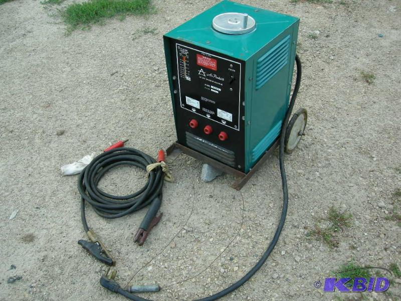 44 1 air products ac arc welding machine ac225u clean apple valley  at crackthecode.co