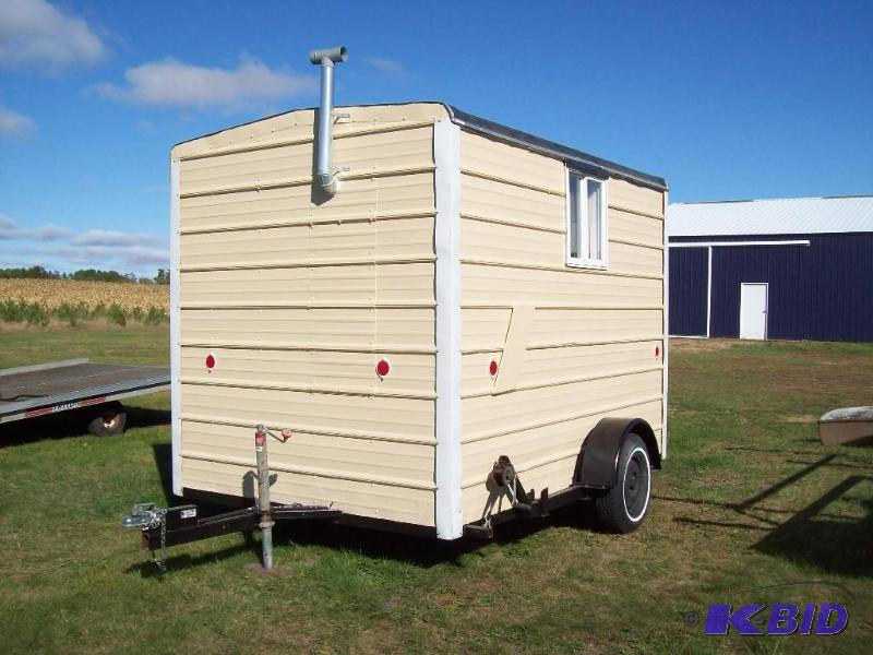 Fish house trailer we sell your stuff inc auction 131 for Used fish houses for sale mn