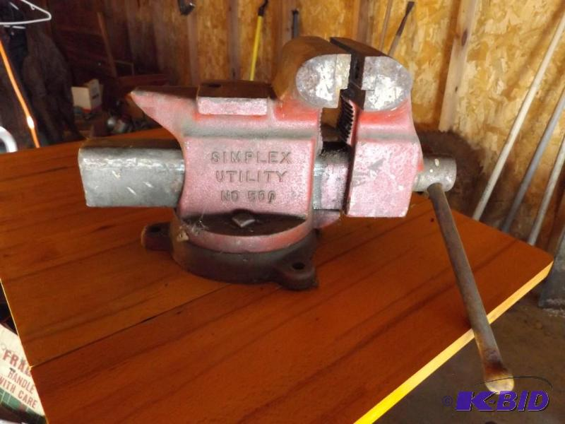 Bench Vise Simplex Utility No 500 34th Street Estate Auction