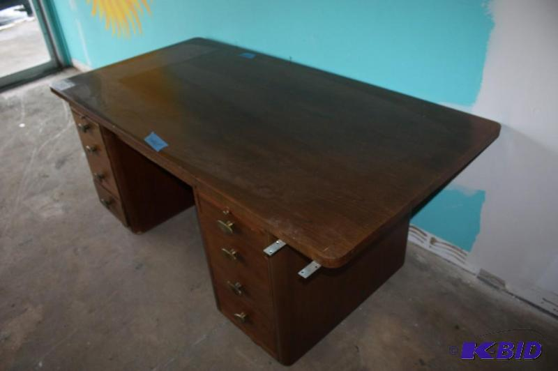 Vintage Stow Amp Davis Furniture Company Office Desk Grand