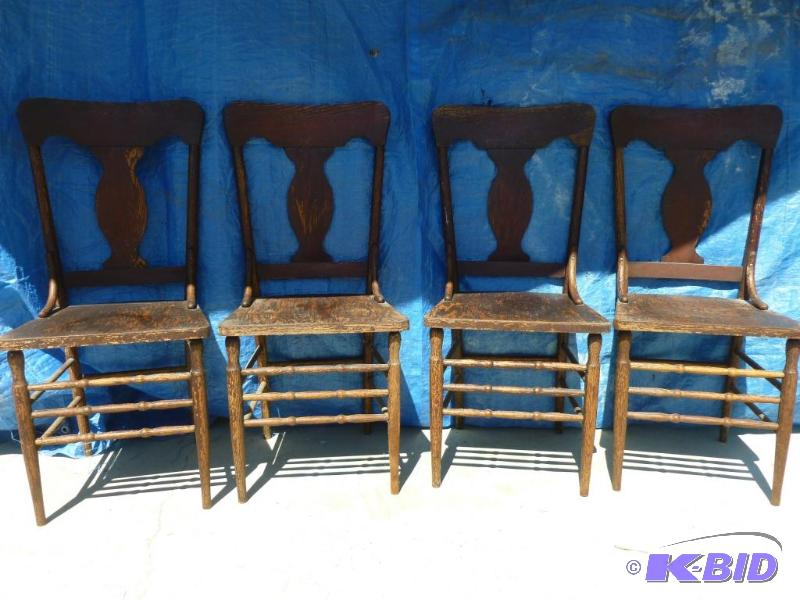 Superb Lot Of Four Vintage Wooden Chairs Measures A Manannah Interior Design Ideas Inamawefileorg
