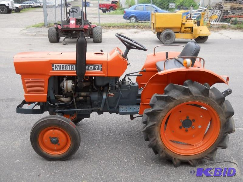 Kubota Tractor Batteries : Kubota l tractor starts runs drives new tires and