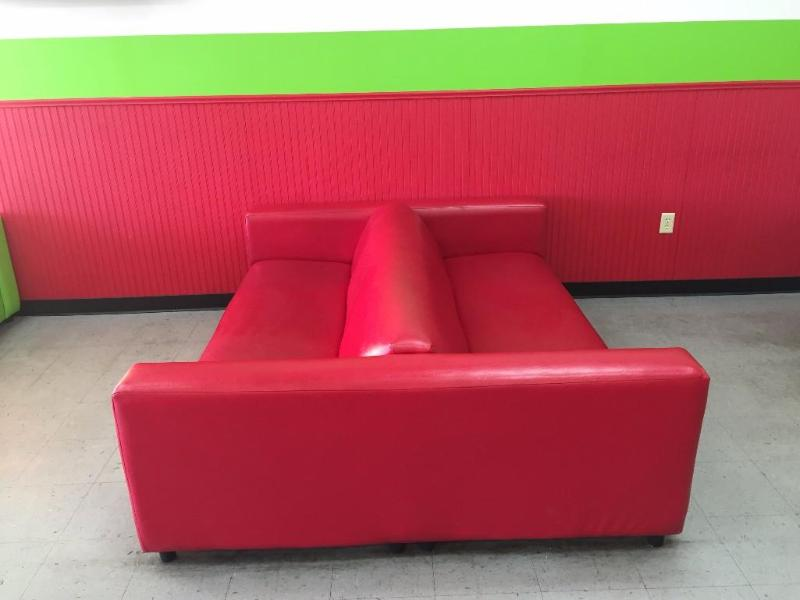 Large Double Sided Red Couch Important Nee